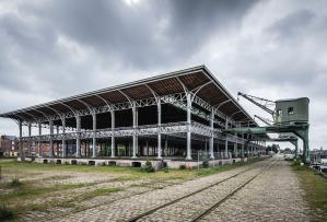 van de 19de naar de 21ste eeuw_ stadsvernieuwing met respect voor erfgoed - 9000 - vzw de voorhaven